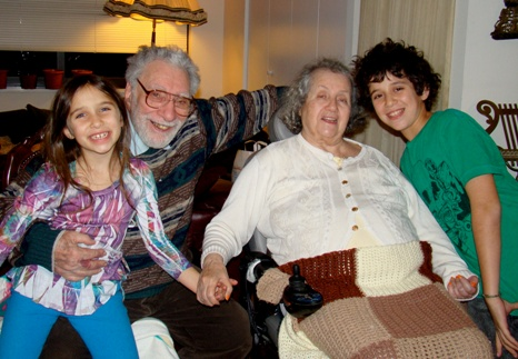 Gene and Edda Machlin with their grandchildren Talia and Noah
